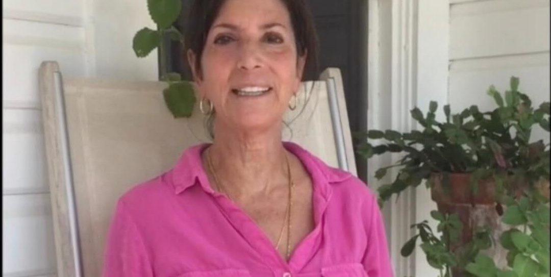 Rena's Organic CBD Helps Elaine Sleep and Skin