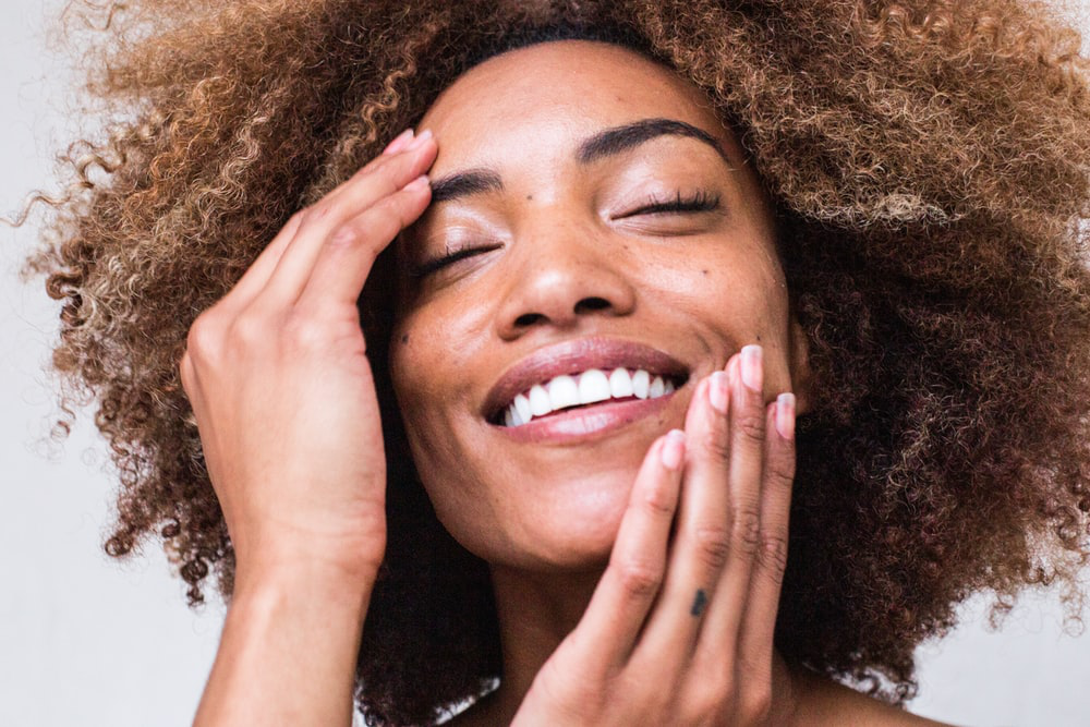 4 Natural Ways To Get Younger-Looking Skin